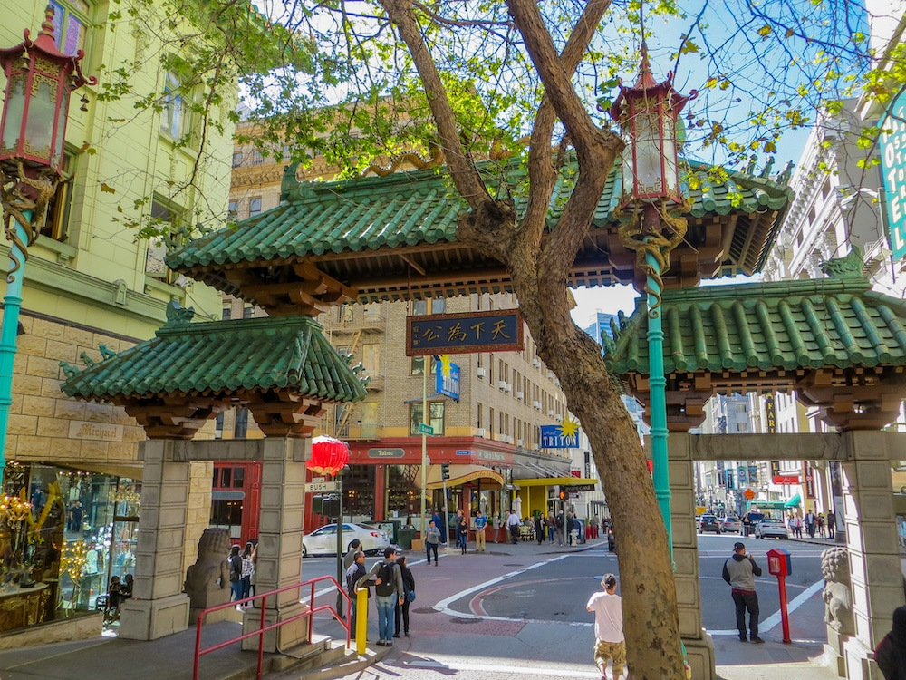 Take plenty of stunning pictures from China Town in San Francisco