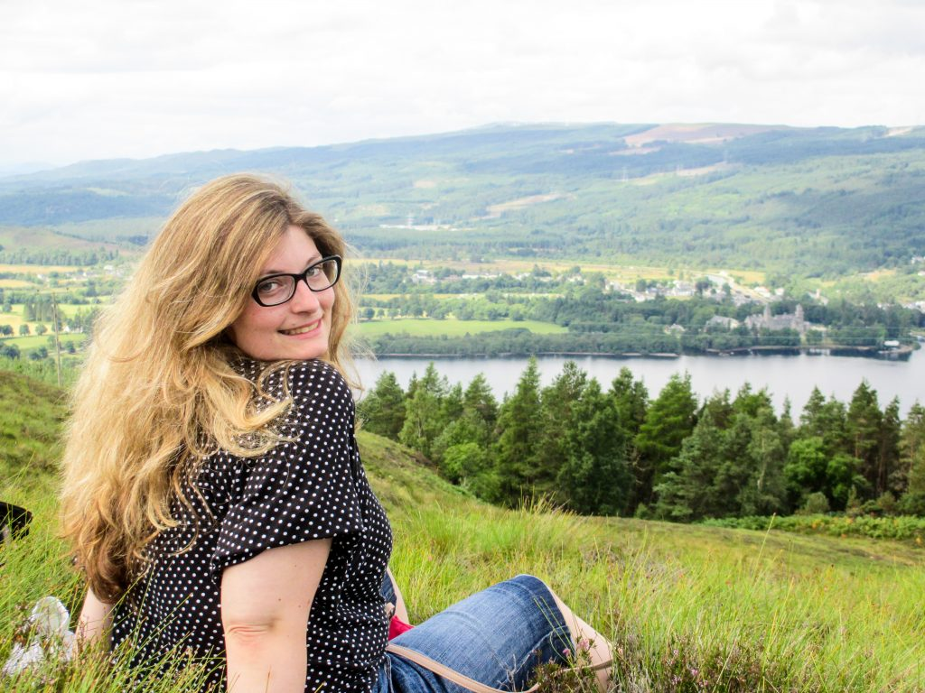 solo female travel scotland