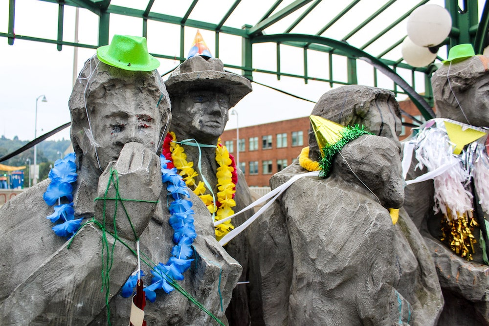 statues are among fremont, seattle things to do nearby