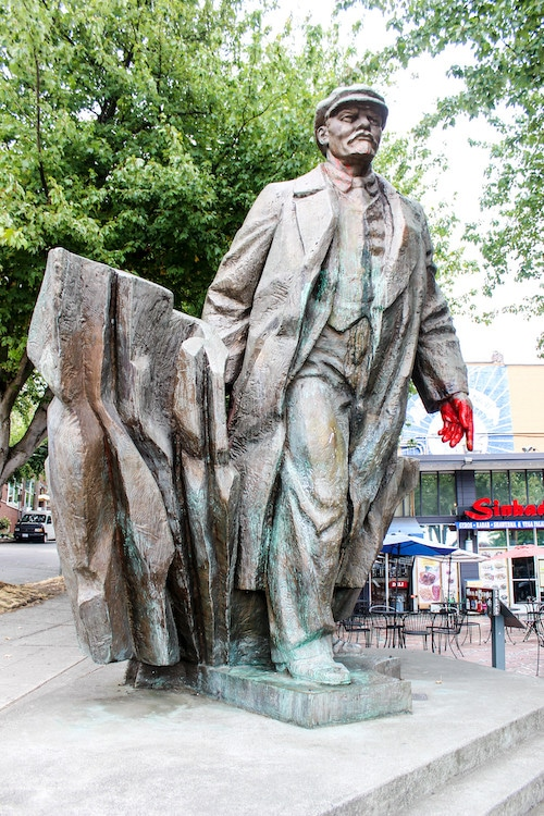 things to do in fremont seattle include these cool statues