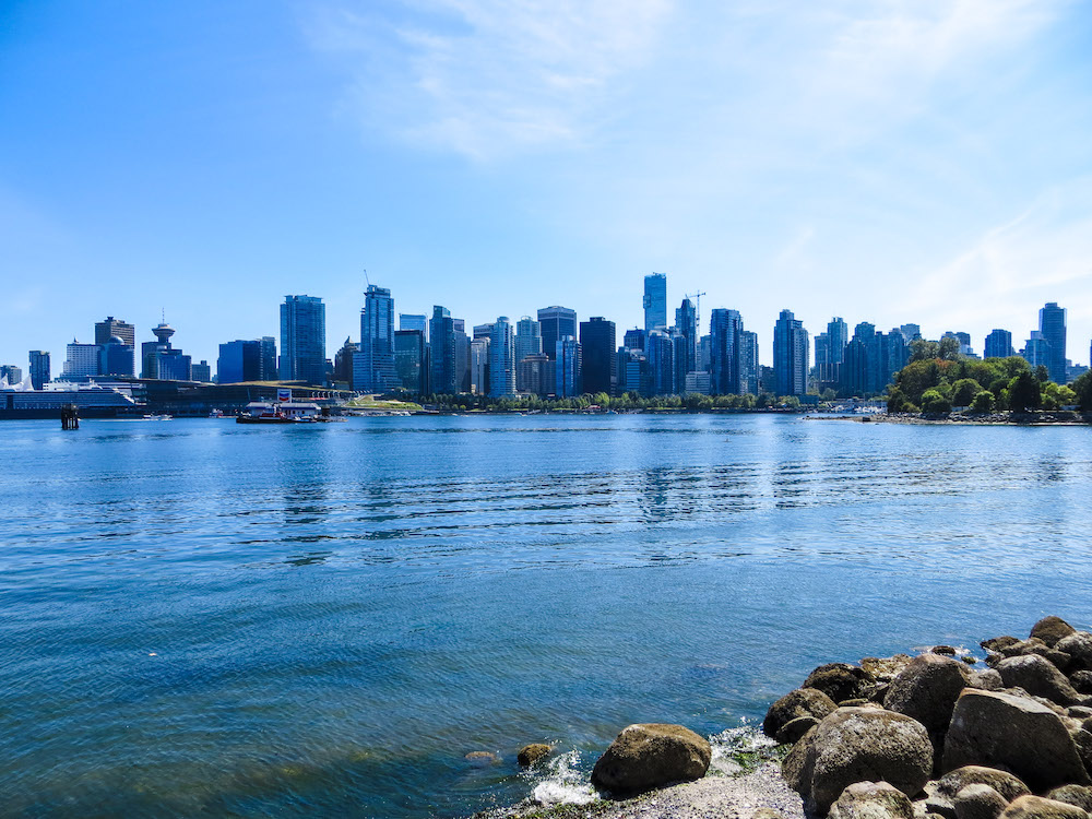 solo travel vancouver: go to stanley park for these views