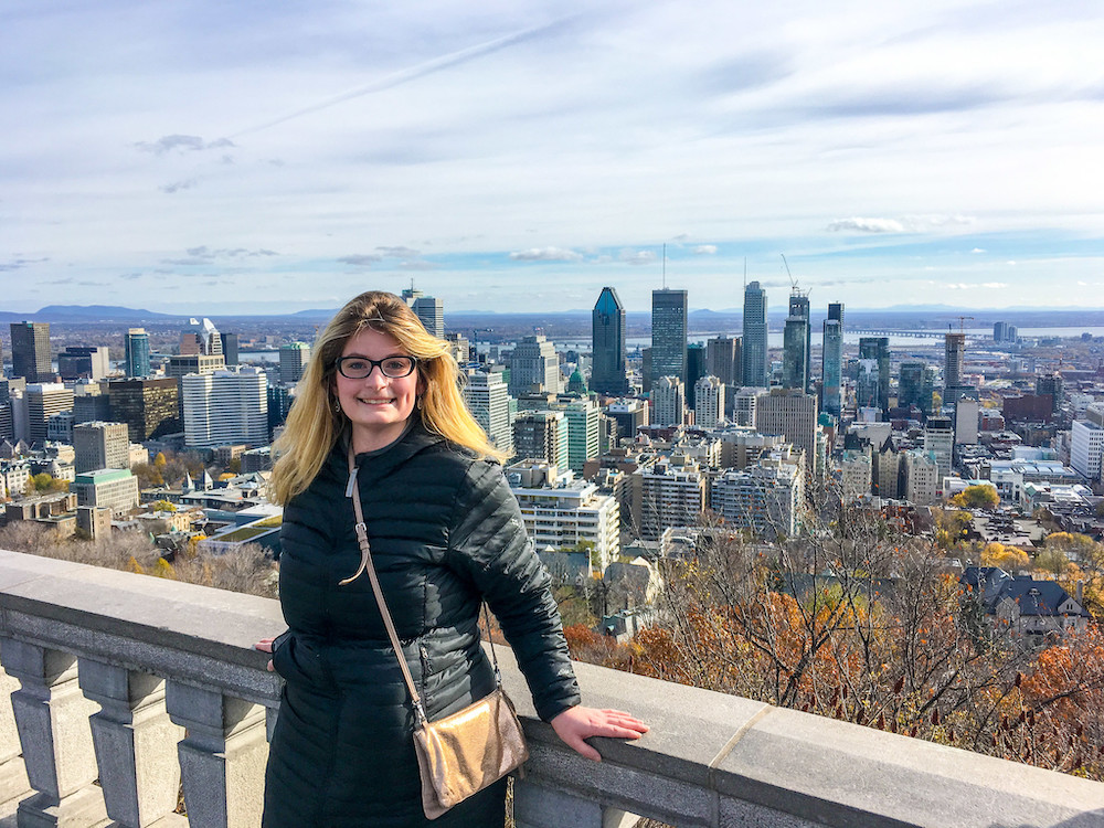 solo travel montreal and having a blast