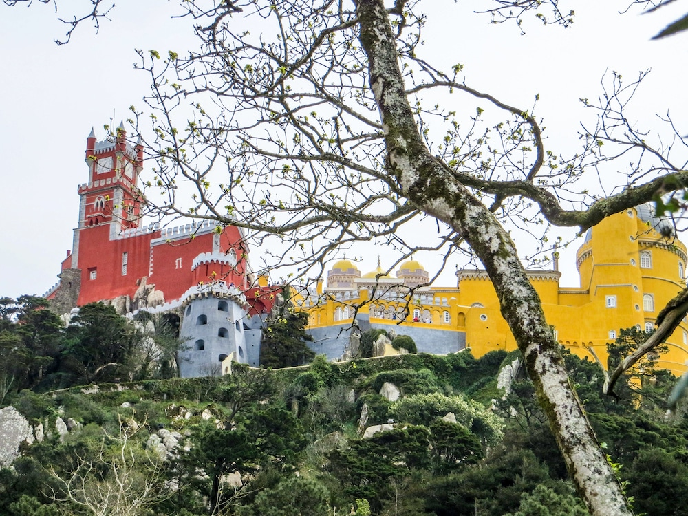 with 4 days in portugal you need to go to sintra