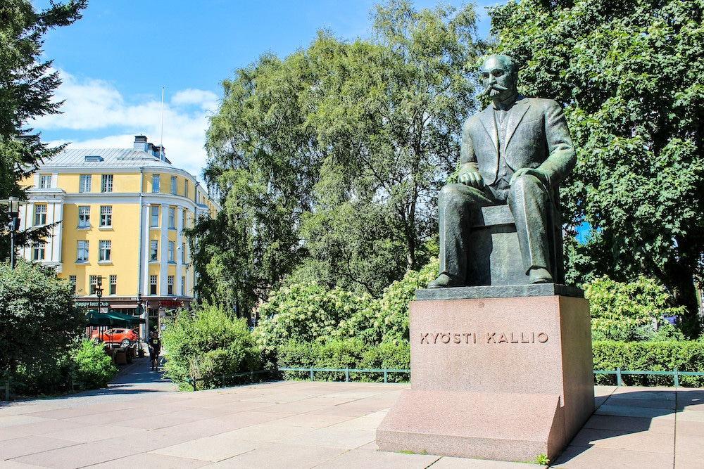 seeing helsinki statues on a sunny day