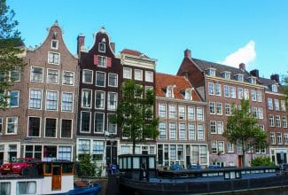 2 days in amsterdam walking canals