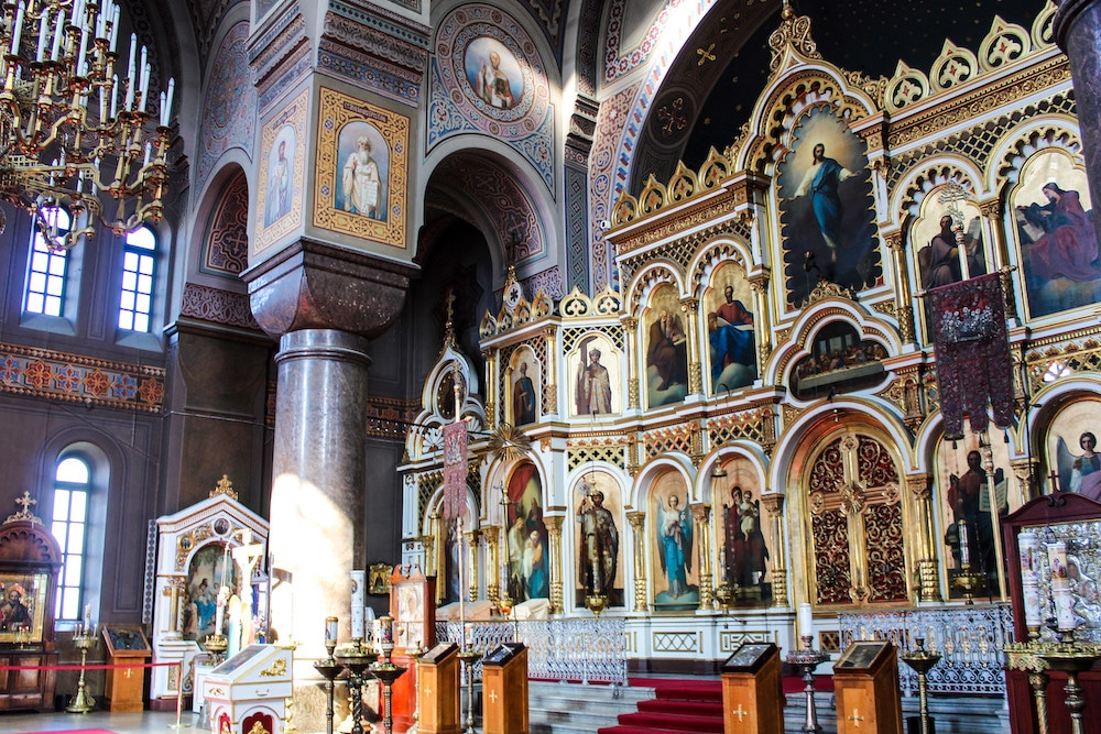 the stunning interior to uspenski cathedral