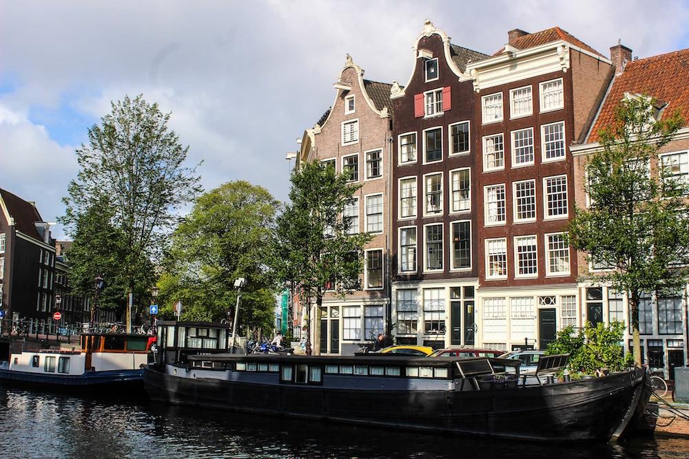 lovely walks in amsterdam