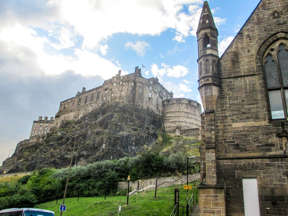 edinburgh itinerary 2 days must include edinburgh castle