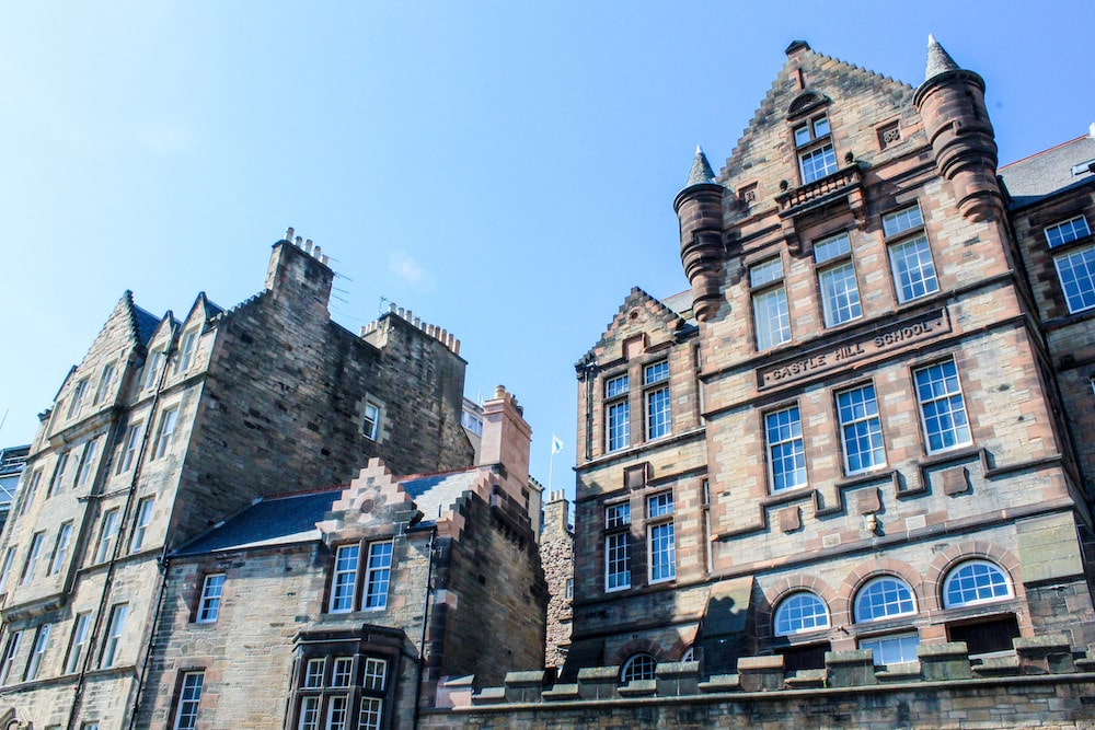 2 day edinburgh itinerary tip: see the old town