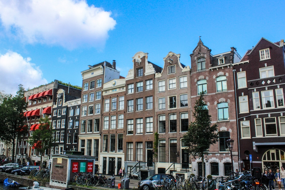 amsterdam worth visiting for the adorable homes