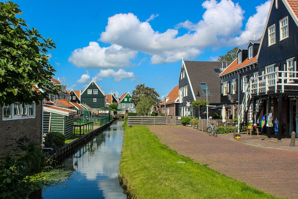 is amsterdam worth visiting? yes for day trips to marken