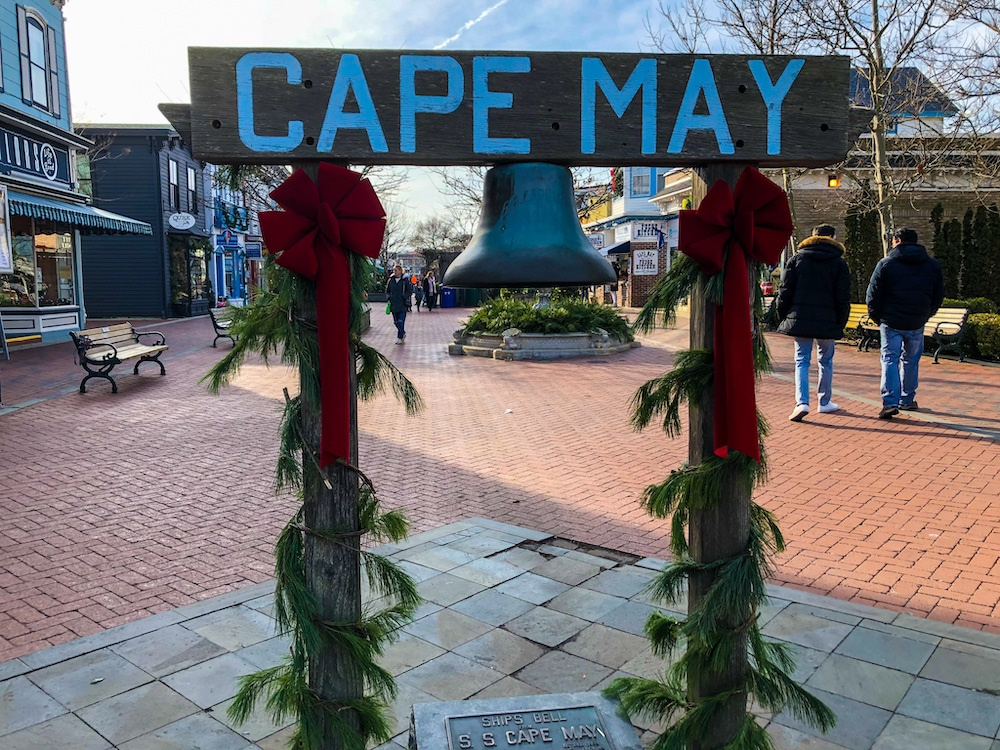 weekend getaway in cape may nj at christmas