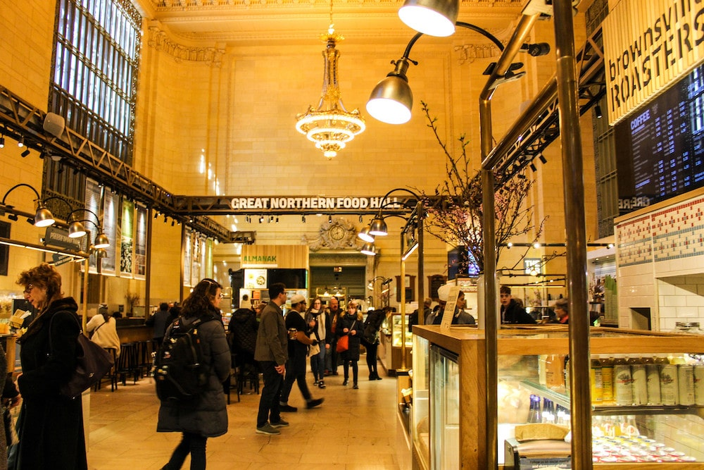 grand central station has food options