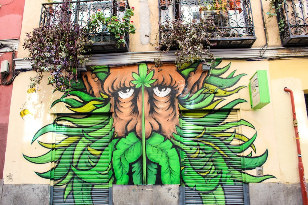 five days in madrid means seeing cool street art